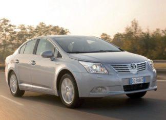 """Toyota : sa gamme """"société"""" et utilitaire 2010"""