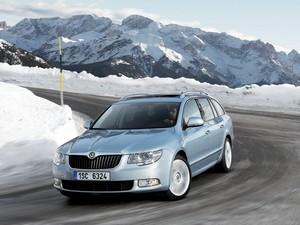 Équipée du 1.9 TDI 105 ch à injecteur pompes, la Skoda Superb limite ses émissions à 136 g et son prix à moins de 26 000 euros pour une voiture spacieuse et très bien équipée.