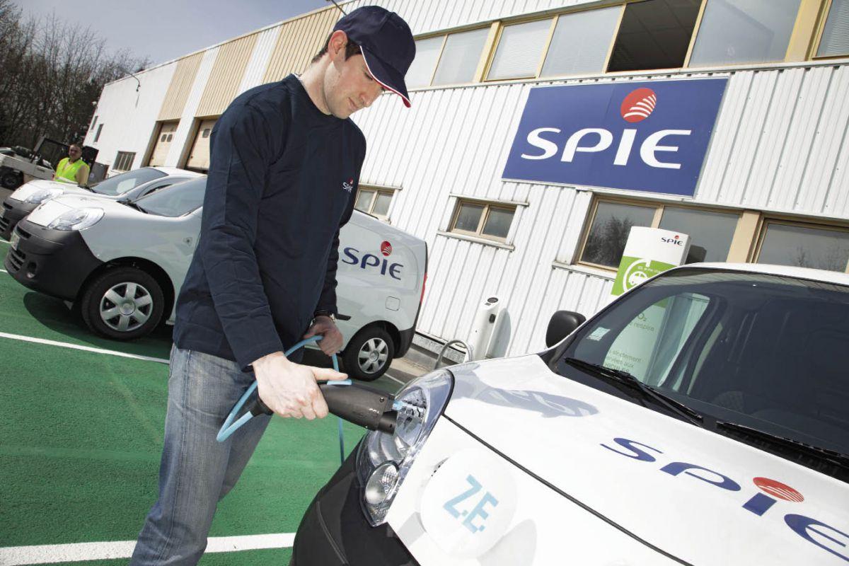Spécialiste des infrastructures pour les transports, Spie a déjà installé une centaine de bornes de recharge sur des sites Renault et installera des bornes sur ses sites, sans exclusive de fournisseurs.