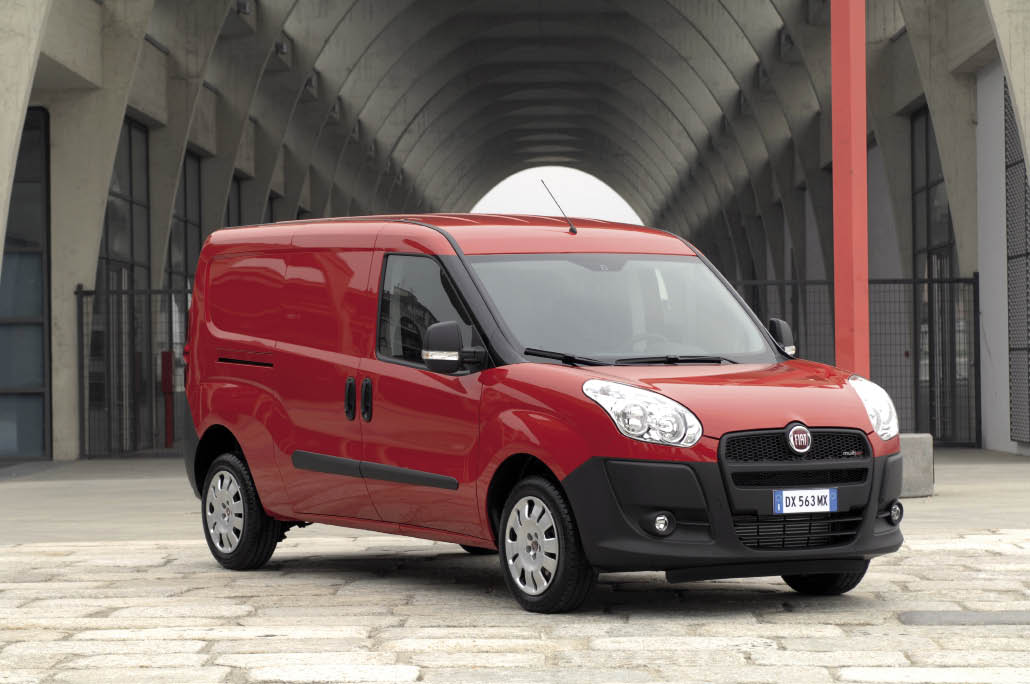 fourgonnettes fiat doblo opel combo cargo. Black Bedroom Furniture Sets. Home Design Ideas
