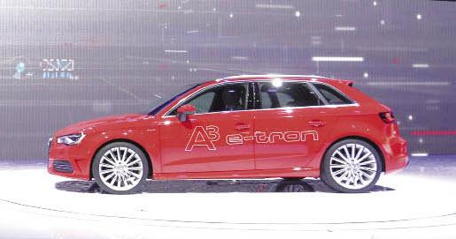 L'hybride rechargeable A3 e-Tron s'équipe d'un moteur essence 1.4 TSI de 150 ch associé à un bloc électrique d'environ 100 ch, de quoi offrir une puissance cumulée de 204 ch.
