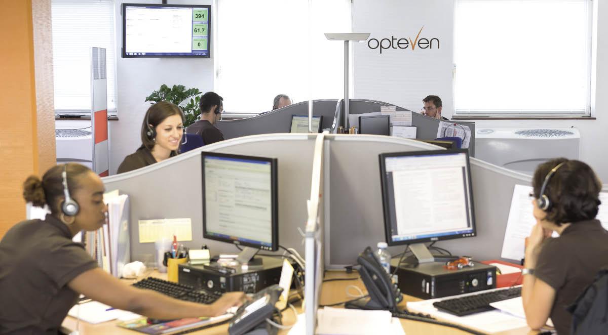 Chez l'assisteur Opteven, on met en avant les appels de courtoisie. Ceux-ci consistent à rappeler le client pour savoir s'il est satisfait des informations qui lui ont été transmises.