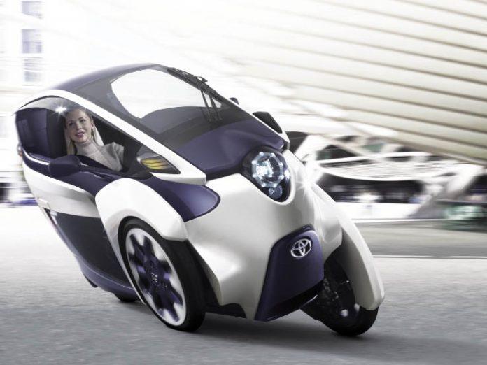Scooters, motos, trois-roues : des modèles électriques et atypiques