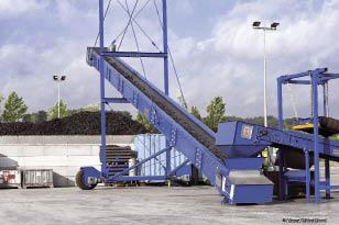 Selon Aliapur, 239 883 tonnes de pneus ont été recyclées en 2012 en France. Autre fait marquant de 2012, 18 % des pneus collectés par Aliapur ont été valorisés à travers la vente d'occasion ou le rechapage.