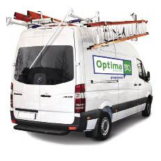Chez Optima, l'effort a été mis sur les porte-échelles, avec un déploiement sur le côté latéral du véhicule, plus adapté à un déchargement en milieu urbain, ou un déploiement arrière classique en milieu rural.