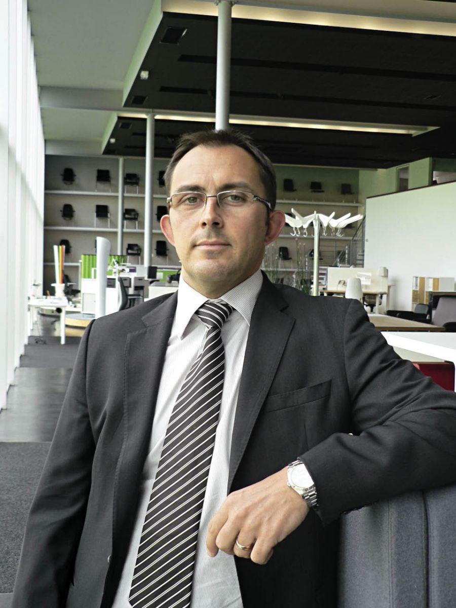 Stéphane Fouillard, directeur administratif et financier du spécialiste de l'aménagement de bureau Kinnarps