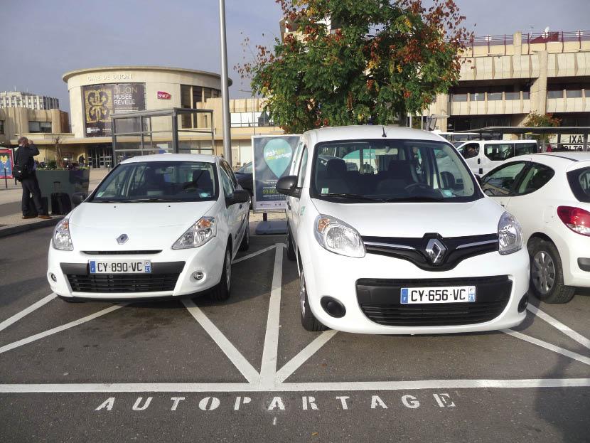 À Dijon, le recours à l'offre Mobigo-Autopartage du conseil régional de Bourgogne par les services de la ville a permis de réduire la flotte utilisée dans le centre-ville d'une quinzaine de véhicules sur un total de quarante.