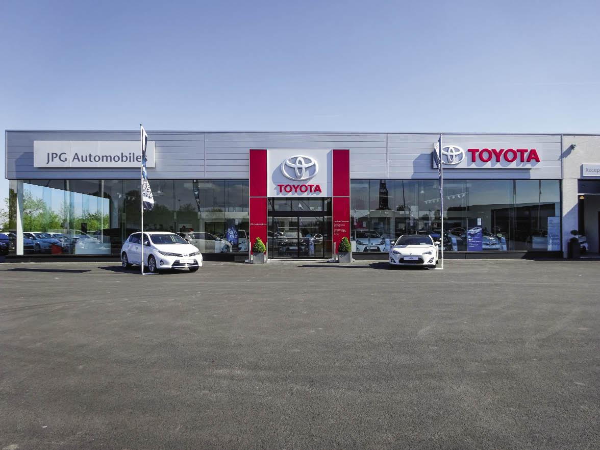 Dans une quarantaine de sites spécialisés, Toyota met en avant des solutions packagées avec des palettes larges de kilométrage, mais aussi des prestations spécifiques notamment pour les utilitaires.