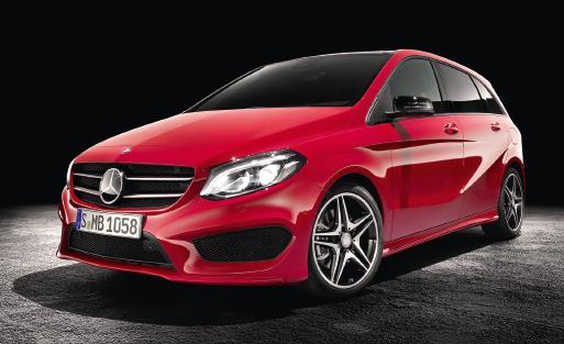 Mercedes valorise sa Classe B restylée en réservant sa première apparition au Salon de l'automobile de Paris. Elle accompagne notamment la nouvelle Classe C break, ainsi que les smart en versions Fortwo et Forfour.