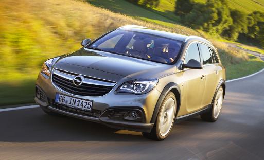 Chez Opel, on mise résolument sur la nouvelle Corsa. La nouvelle Insignia est également présentée en version Country Tourer 4x2, avec à la clé un positionnement premium, pour 163 ch et 119 g de CO2.