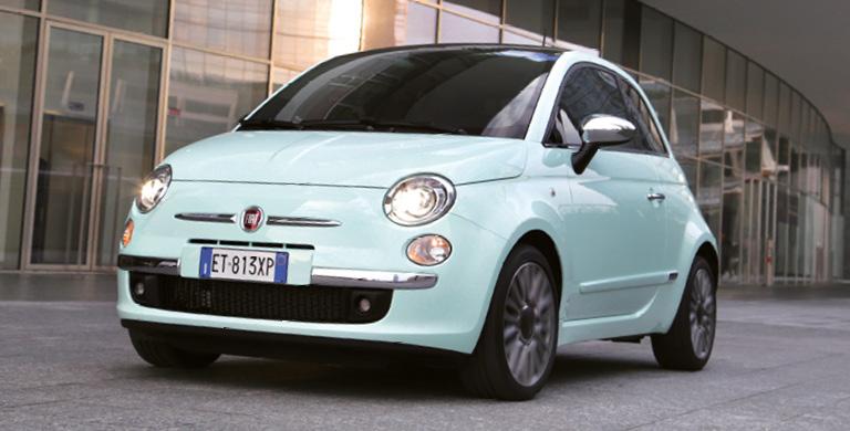 La Fiat 500 coûte au moins 12 160 euros, avec le 1.2 de 69 ch à 119 g. Comptez à partir de 15 850 euros en TwinAir, à 85 ch et 92 g, et 16 600 euros, en 105 ch à 99 g. Le diesel commence à 16 850 euros (95 ch et 97 g).