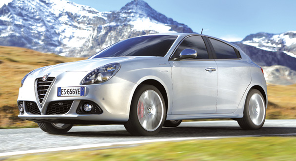 L'Alfa Romeo Giulietta s'équipe idéalement du 150 ch du 2.0 JTDm à 110 g de CO2 (à partir de 28 450 euros). Le 1.6 JTDm de 105 ch à 104 g est plus abordable, mais moins valorisant à la conduite (à partir de 24 390 euros).