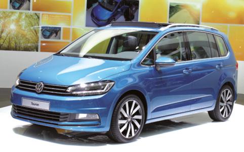 Sur le stand de Volkswagen, le nouveau Touran était mis en avant. Sous le capot, l'offre diesel comprend un 1.6 TDI de 110 ch (moins de 110 g) et un 2.0 de 150 ou 190 ch, tous disponibles en boîte auto DSG7.