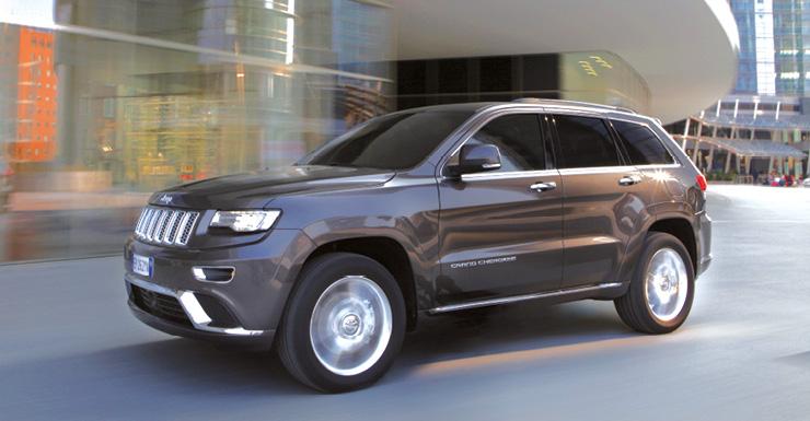 Chez Jeep, le Grand Cherokee fait désormais route en diesel animé d'un moteur italien : un V6 3.0 CRD de 250 ch relayés par une boîte automatique à 8 rapports, le tout pour 198 g (à partir de 56 600 euros).