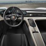 Francfort 2015 : Porsche surprend avec la Mission E