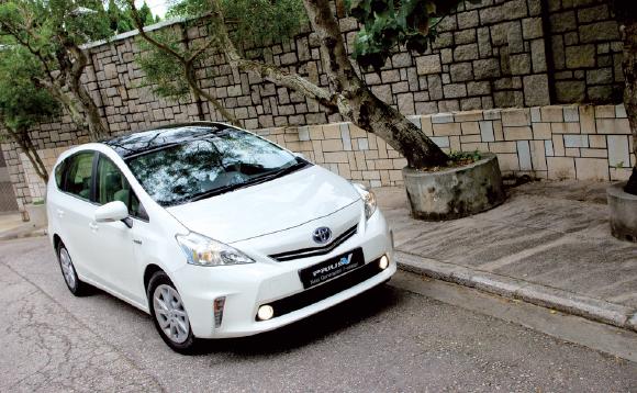"""Pour ses 40 véhicules de fonction, Sepur a retenu l'hybride. Fin mai, le spécialiste de la gestion des déchets et de la propreté urbaine a renouvelé la flotte de voitures de fonction avec des modèles """"Toyota"""" et """"Lexus""""."""