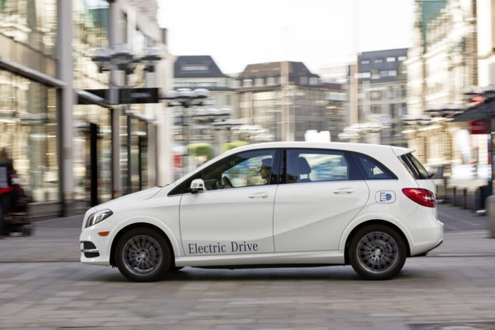 Daimler étend sa production de batteries lithium-ion