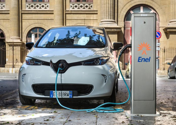 Véhicules électriques : + 68 % de ventes en février