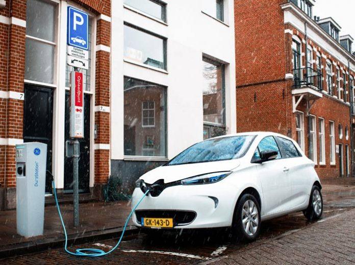 Renault expérimentera la recharge solaire aux Pays-Bas