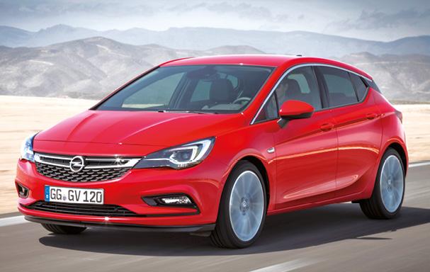 Avec le 1.6 CDTi 90 ch d'entrée de gamme à 95 g, l'Opel Astra s'affiche à partir de 22 300 euros – 23 000 euros en 110 ch. Non disponible en 95 ch, la carrosserie Sports Tourer arrondit l'addition à 24 000 euros.