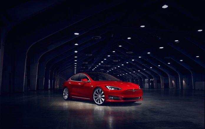 La Tesla Model S refait ses gammes