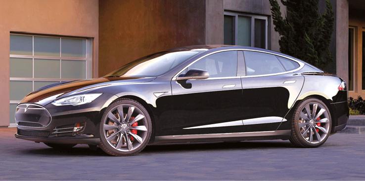 Chez Tesla, la Model S se décline notamment en 70D (332 ch) pour 70 kWh et 455 km d'autonomie (à partir de 77 000 euros), en 90D (422 ch) pour 90 kWh et 557 km d'autonomie, ou en P 90D (469 ch) avec 509 km d'autonomie (à partir de 96 700 euros).