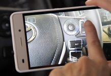 Un manuel d'utilisation sur smartphone chez Toyota