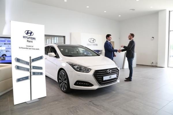 Hyundai lance son offre de LCD avec Ucar