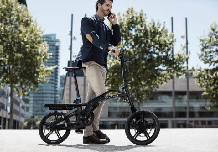 Mondial de l'automobile : Peugeot eF01