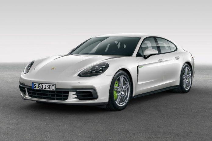 Mondial de l'automobile : la Porsche Panamera 4 E-Hybrid sera présente