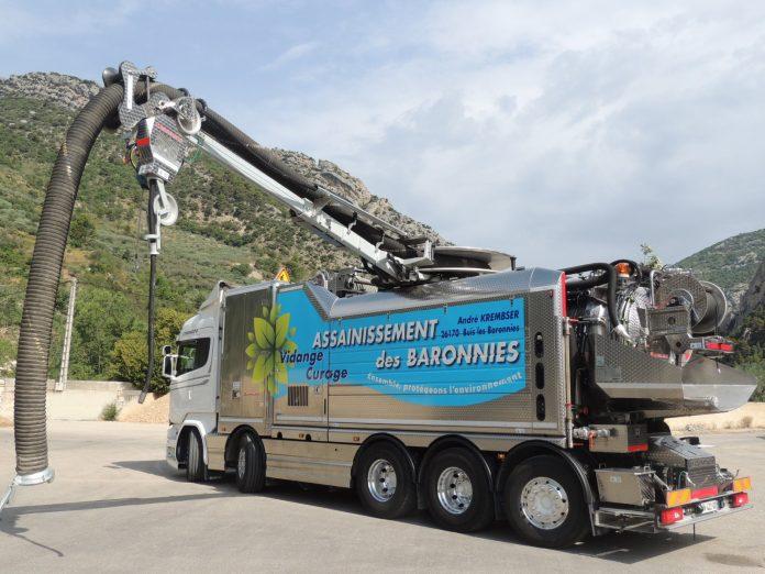 Un Scania hors normes pour Assainissement des Baronnies