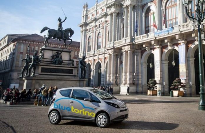 La Bluecar en libre-service s'implante à Turin