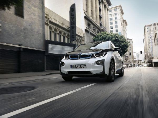 BMW accélère sur l'électromobilité