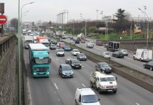 Paris restreint la circulation mais aide les véhicules verts