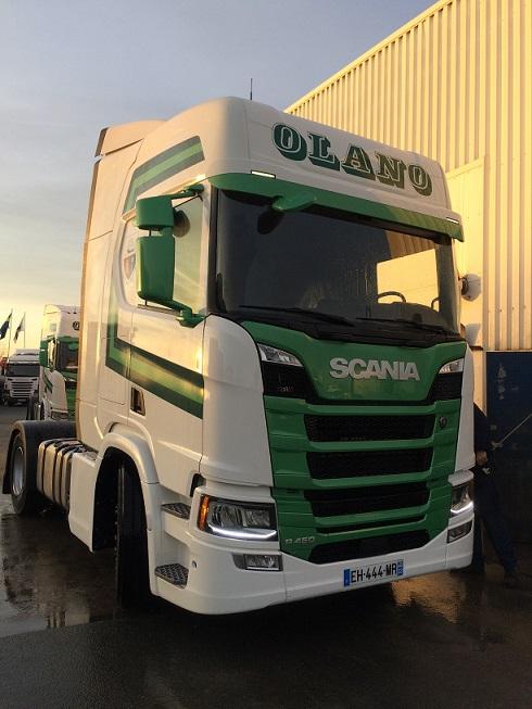 Cinq Scania R 450 NTG pour le groupe Olano