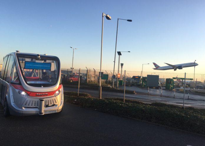 La Navya Arma conquiert les aéroports