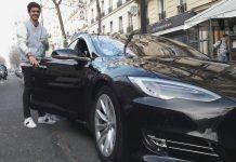 Carlili ouvre son offre de location aux véhicules électriques - Livraison d'une Tesla Model S par un carsitter