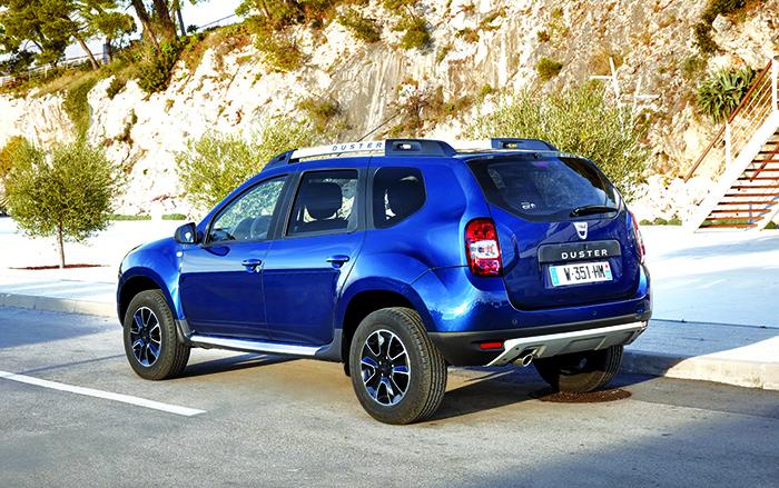 En attendant son remplaçant, le Duster de Dacia premier du nom reste commercialisé en dCi 90 ch 4x2 (115 g, à partir de 13 800 euros) et en dCi 110 ch 4x2 (115 g, à partir de 16 150 euros) ou 4x4 (123 g, à partir de 18 150 euros).