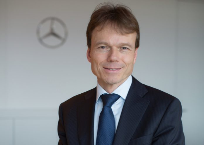 Reiner Hoeps, actuellement président de Mercedes-Benz Espagne, prendra la tête de Mercedes-Benz France à compter du 1er octobre 2017. Il remplacera Marc Langenbrinck.
