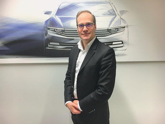 Olivier Dupont, chef du service ventes aux entreprises de Volkswagen France
