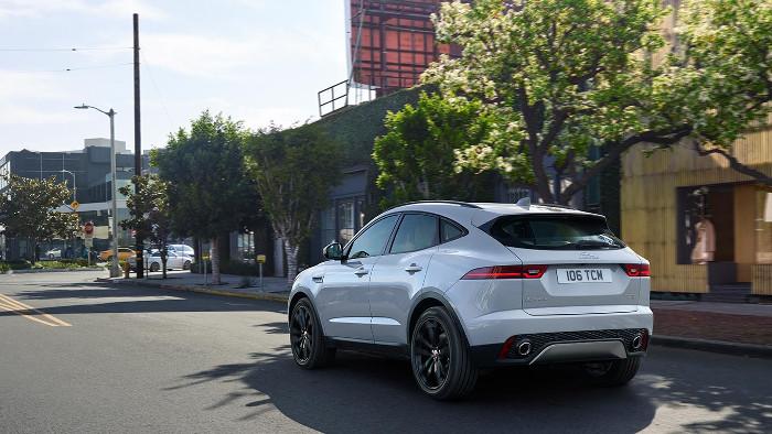 Jaguar e-pace arriere