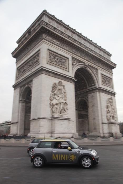 Mini E a Paris