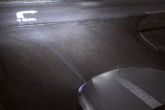 La dernière génération de phares HD de Mercedes s'appuie sur le système de …..