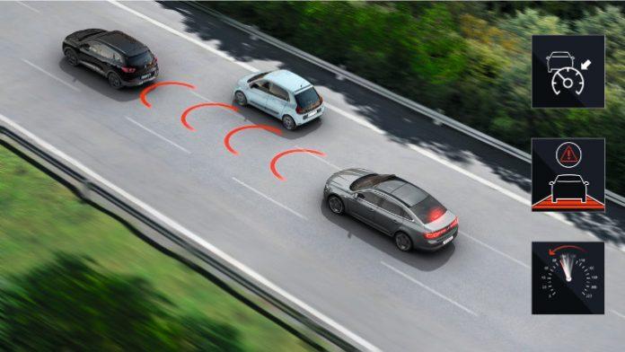 Régulateur de vitesse adaptatif sur une Renault Talisman