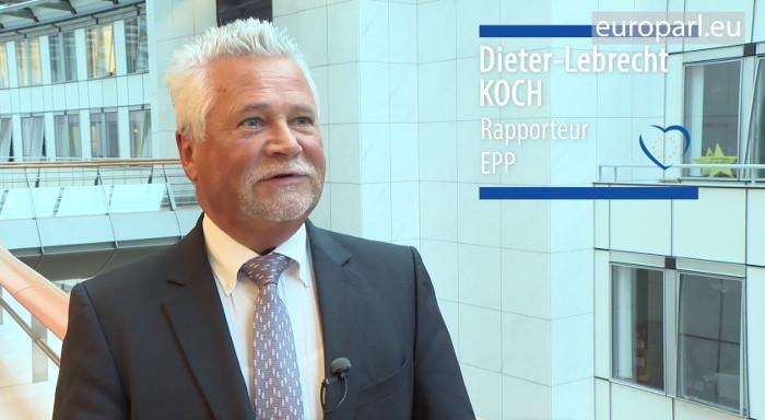 Dieter-Lebrecht Koch