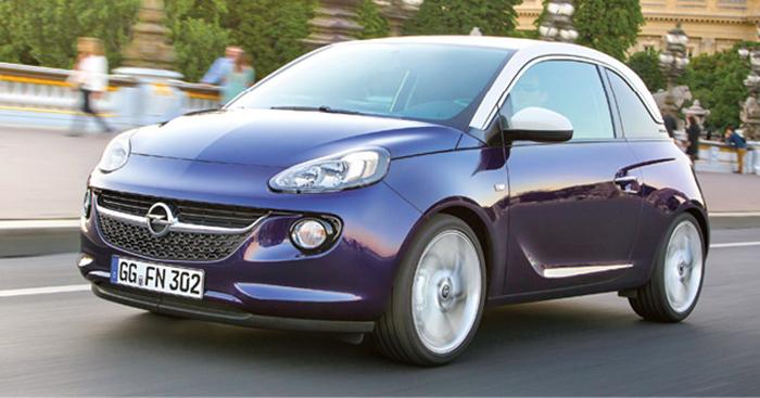 L'Opel Adam se dote au choix des 4-cylindres 1.2 de 70 ch à 125 g (à partir de 14 300 euros) et 1.4 de 87 ch à 118 g (à partir de 14 850 euros), voire même du 3-cylindres 1.0 suralimenté de 115 ch à 108 g (à partir de 17 050 euros).