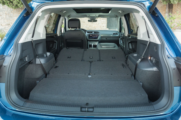 essai auto volkswagen tiguan allspace il a du coffre. Black Bedroom Furniture Sets. Home Design Ideas