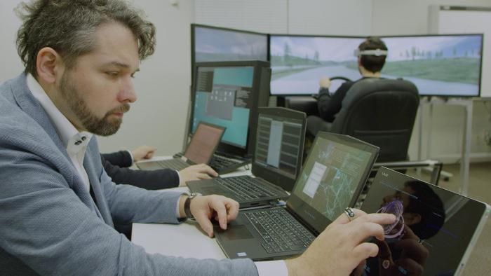 Nissan Brain-to-Vehicle Technology Driving Simulator Prototype
