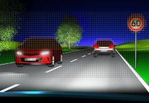 Le prototype de LED Eviyos comporte plusieurs milliers de pixels capables de s'allumer ou de s'éteindre individuellement pour éclairer la route en tenant compte de l'environnement du véhicule. Développé par le spécialiste de l'éclairage Osram suite à un projet de recherche allemand, il entrera en production en 2020.