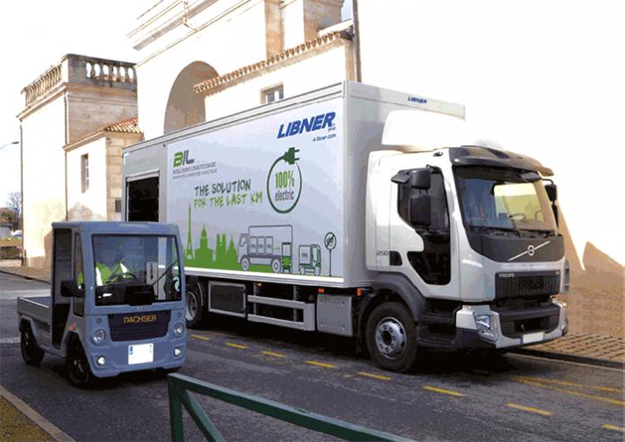 Dernier kilomètre : À Paris, Dachser France a testé en 2017 la base intelligente de logistique (BIL) de Libner, soit un porteur avec carrosserie adaptée, qui emporte le BIL Truck, un petit véhicule électrique modulaire de 2,5 m de long sur 1,8 m de large.